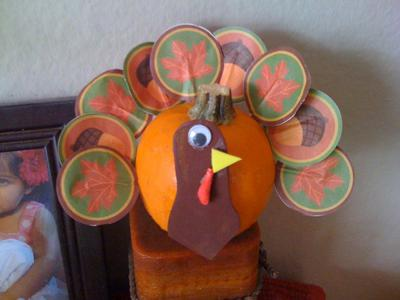 turkey made from recycled cards