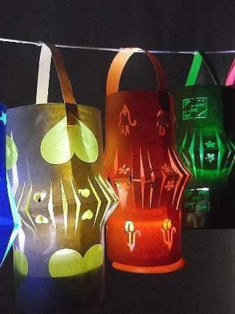 three-paper-lanterns