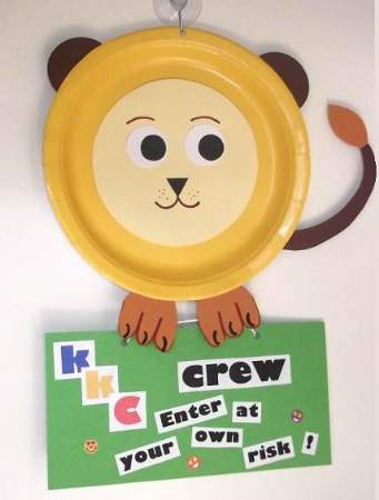 paper plate lion with door tag 2