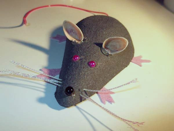 finished pear carton rat